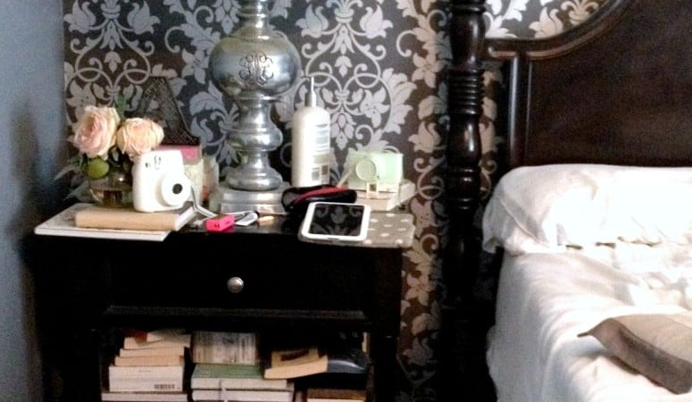 How to clean off your night stand once and for all + night stand styling tips