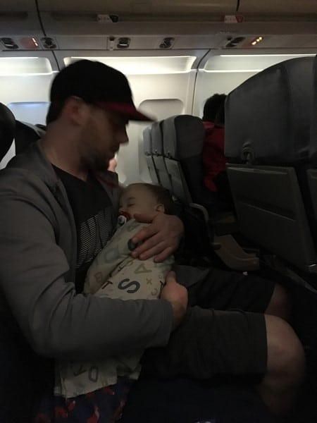 my best tips for traveling with a baby (1)