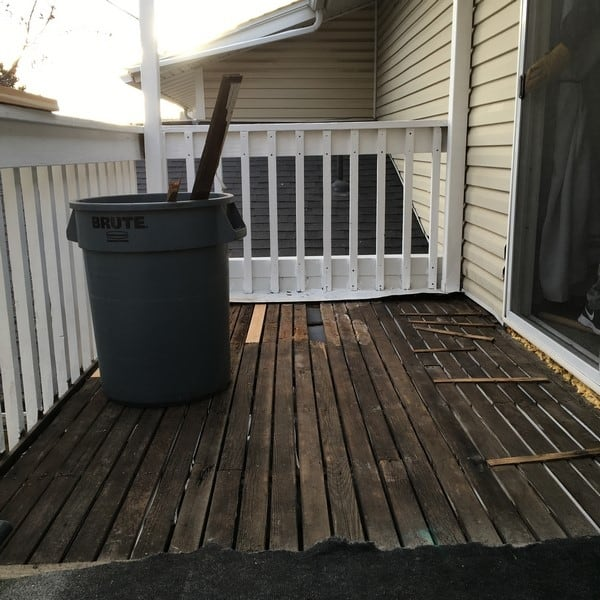deck before renovation (9)