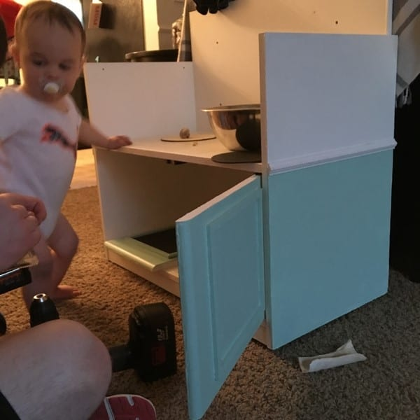 how to make a play kitchen from an entertainment center (25)