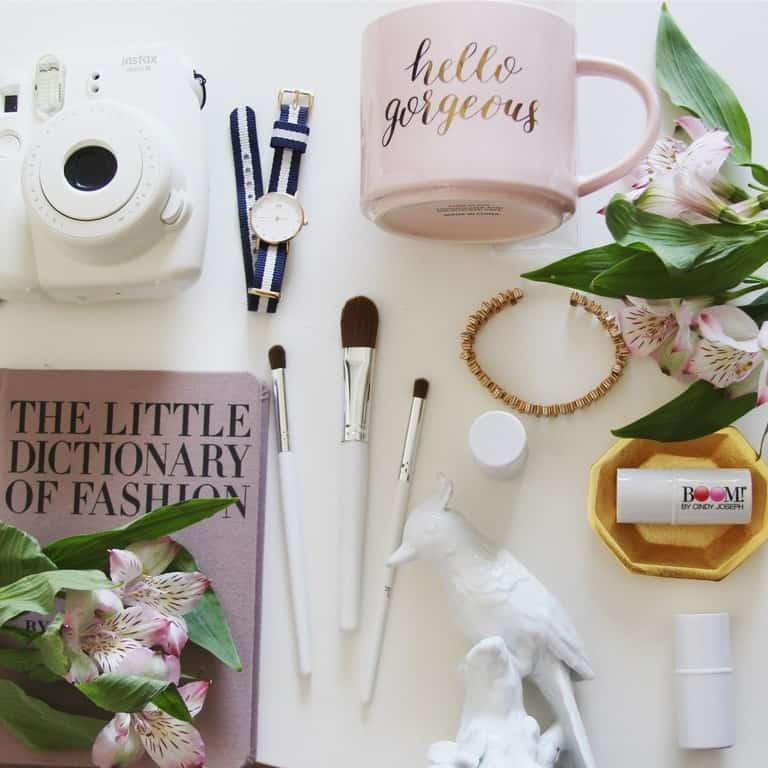 photo shoot styling props for Instagram